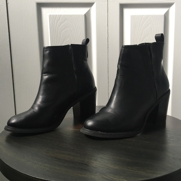 Forever 2 Black Heeled Ankle Boots